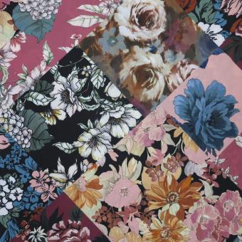 elast. Blusen-Crepe Karo mit Blumen schwarz-rosetöne