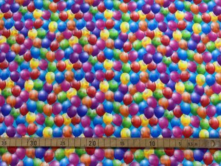 Bunte Luftballons nur solange Vorrat reicht!