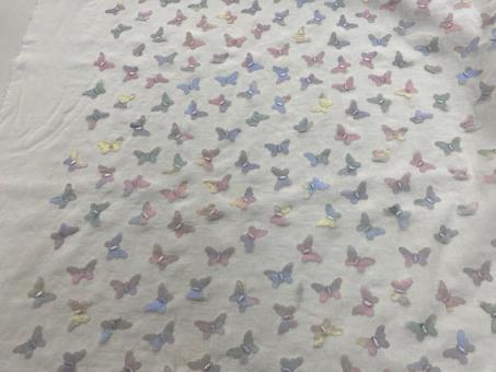 Schmetterlings-Batist ecru noch 6,1m vorrätig